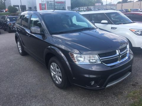 Pre-Owned 2019 Dodge Journey SE FWD Sport Utility